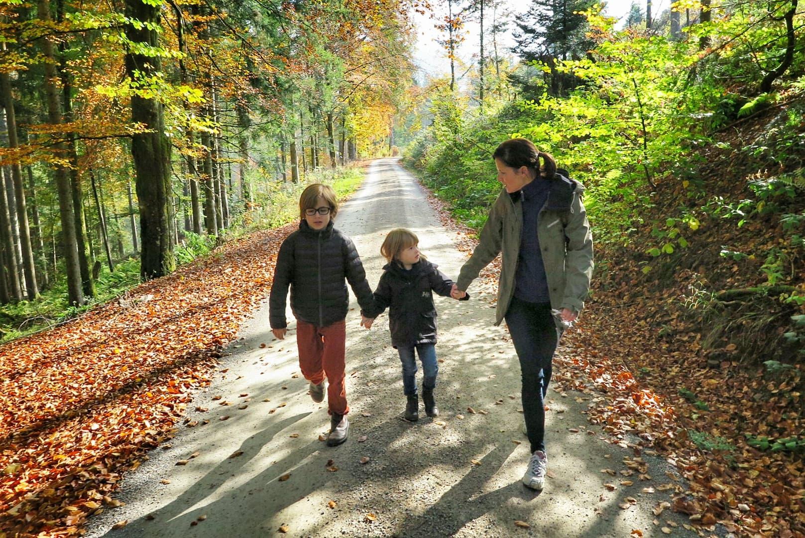 schwarzwald mama und zwei kinder