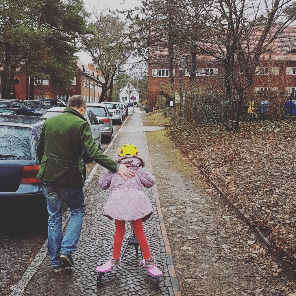 Stiefpapa Schimpft Mit Tochter Und Fickt Sie