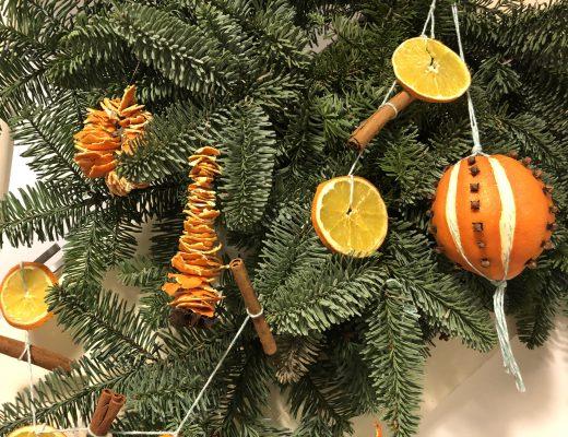 Tannenbaumschmuck basteln aus Orangen