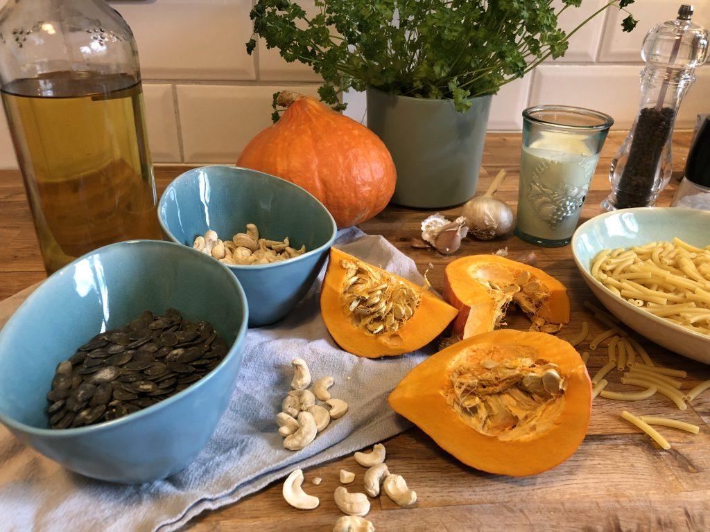 vegane mac n cheese rezept mit kuerbis zutaten ansicht