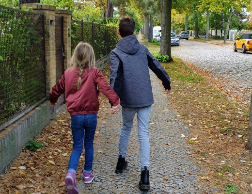 Genervte und überforderte Eltern der Pandemie: Wer denkt jetzt an die Kinder?