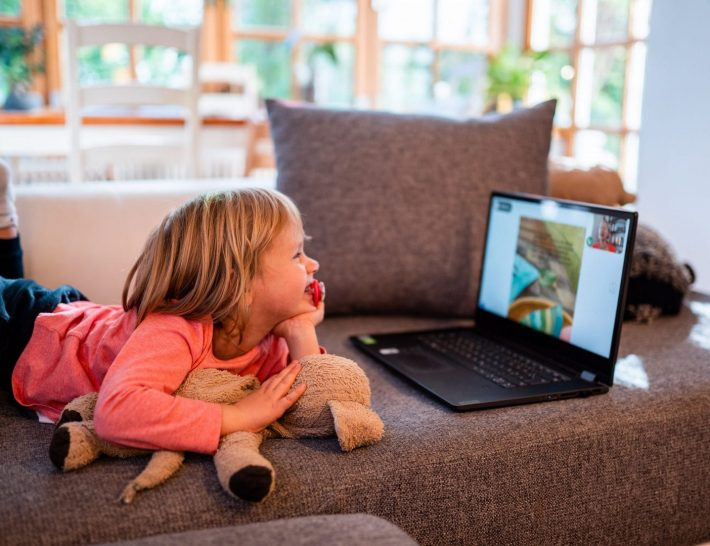 Die kostenlose Lesido App: Gemeinsame digitale Zeit für Großeltern und Enkel
